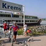 Donau-MyStoryKremsCyklisterGaarFraBorde400x400