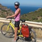 Italien-Sardinien-GitteMedCykelOgHavudsigt400x400
